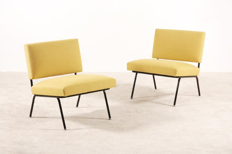 American Pair of Florence Knoll Easy Chairs for Knoll International, circa 1955 For Sale