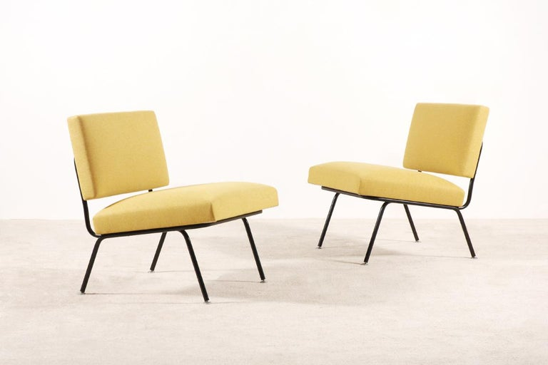 Pair of Florence Knoll easy chairs model 31 for Knoll International, 1955.