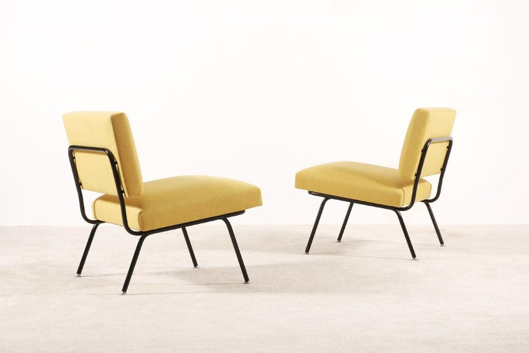 Lacquered Pair of Florence Knoll Easy Chairs for Knoll International, circa 1955 For Sale