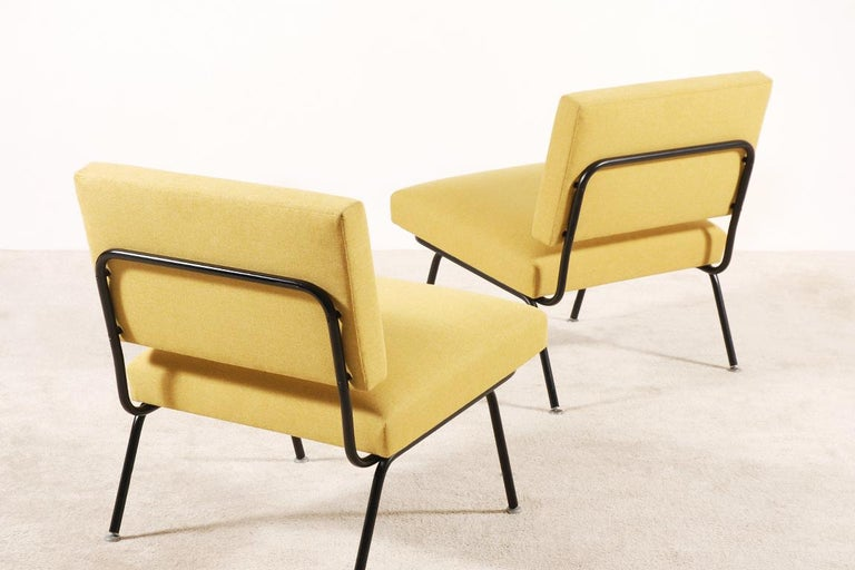 Pair of Florence Knoll Easy Chairs for Knoll International, circa 1955 In Excellent Condition For Sale In Paris, FR