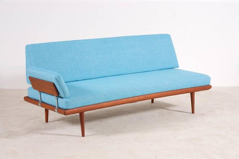 Peter Hvidt & Orla Mølgaard-Nielsen Set of Teak Daybeds and Corner Table 4