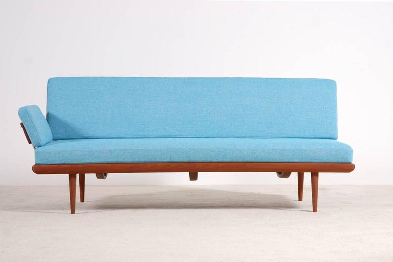 Peter Hvidt & Orla Mølgaard-Nielsen Set of Teak Daybeds and Corner Table 6