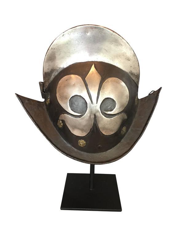 17th Century German Comb Morion Helmet At 1stdibs
