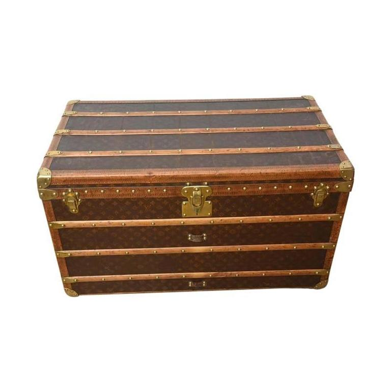 Early 20th Century Louis Vuitton Steamer Trunk 10