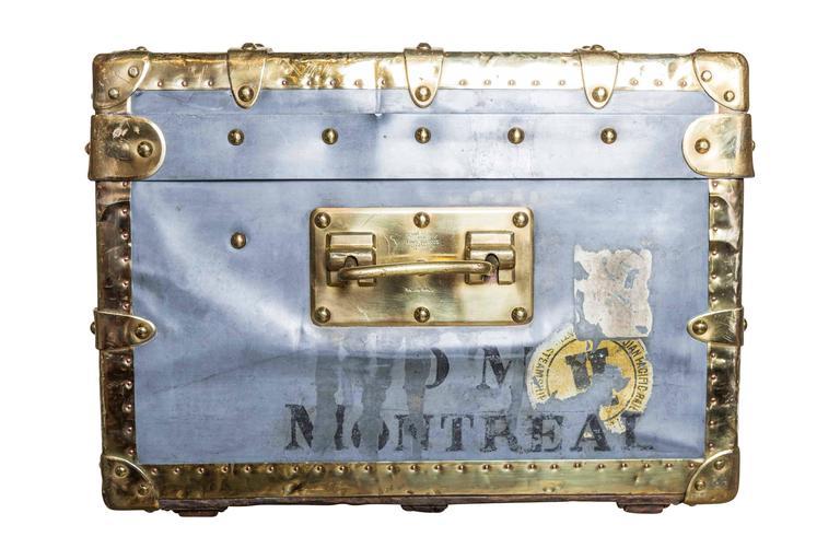 Rare louis vuitton hermetic zinc trunk circa 1885 at 1stdibs for Cabine colorado aspen