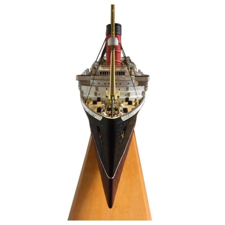 Large Hand Built Ship Model of the Rms Lusitania In Good Condition For Sale In Aspen, CO