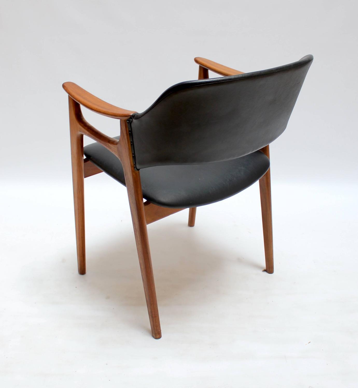 Set of four 1960s scandinavian modern teak and vinyl dining chairs at 1stdibs - Scandinavian teak dining room furniture ...