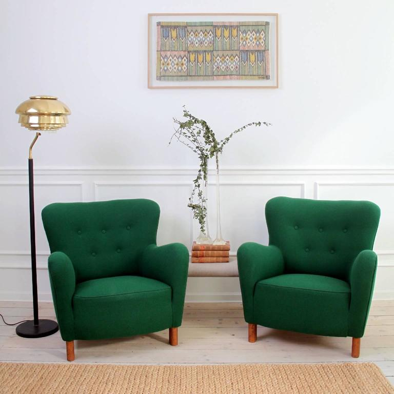 20th Century Fritz Hansen, Pair of Easy Chairs Model 1669 For Sale
