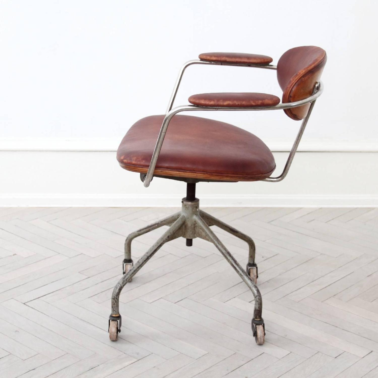 Hans J Wegner Extremely Rare Swivel Chair For Sale At 1stdibs