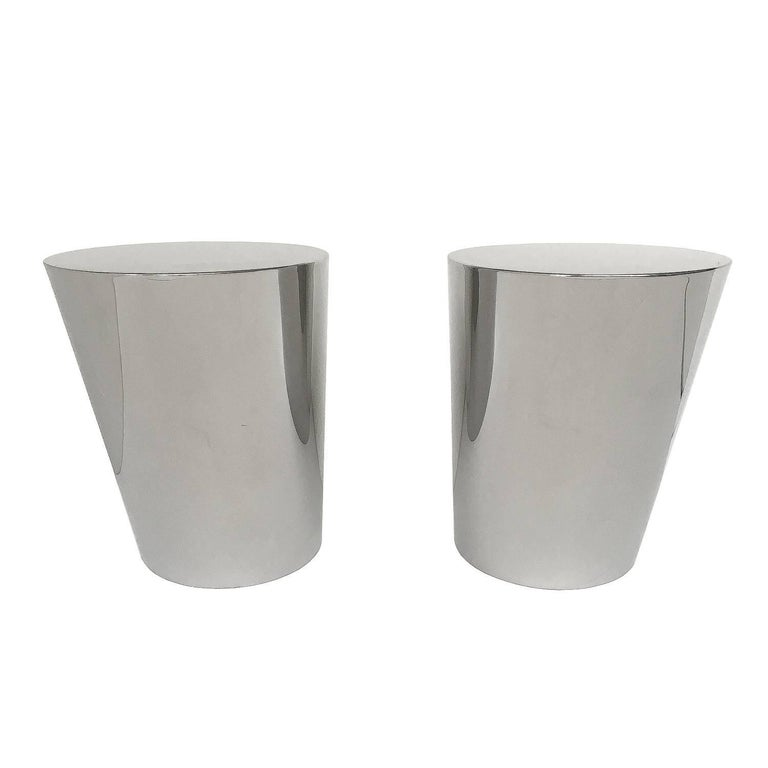 Pair of Brueton Polished Steel Zephyr End Tables by J. Wade Beam In Good Condition For Sale In Chicago, IL