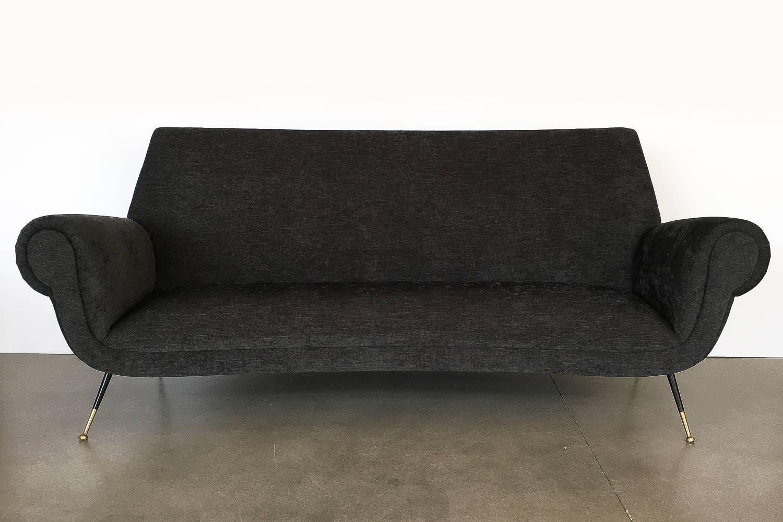 Mid Century Modern Italian Midcentury Sofa By Gigi Radice For Minotti For  Sale