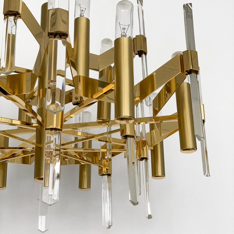 Gold-Plated Brass and Crystal Chandelier by Gaetano Sciolari For Sale 4