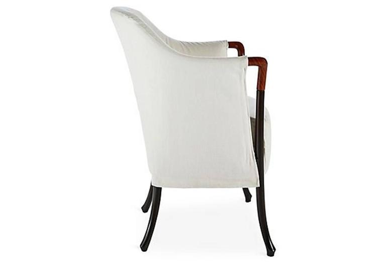 Armchair in beechwood.