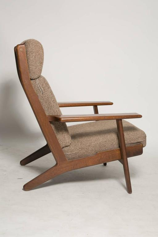 Hans Wegner GE290 Lounge Chair for GETAMA In Good Condition For Sale In Brooklyn, NY