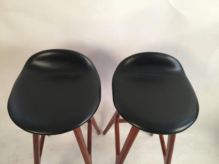 Two Erik Buck Bar Stools in Black Leather and Rosewood For Sale 1
