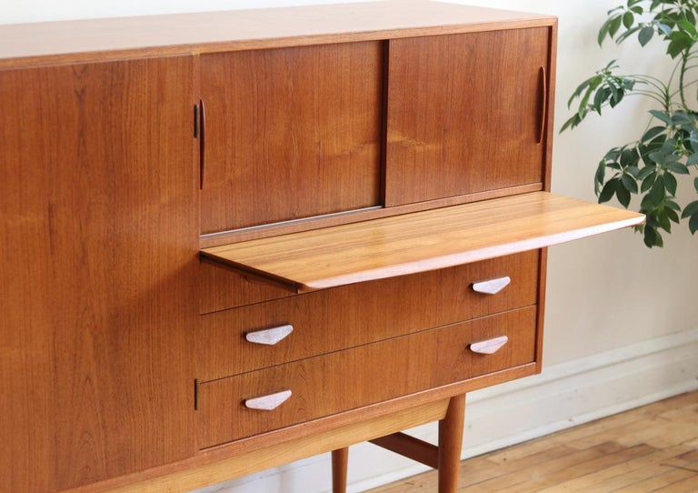 Midcentury Danish Modern High Sideboard with Dry Bar For Sale 7