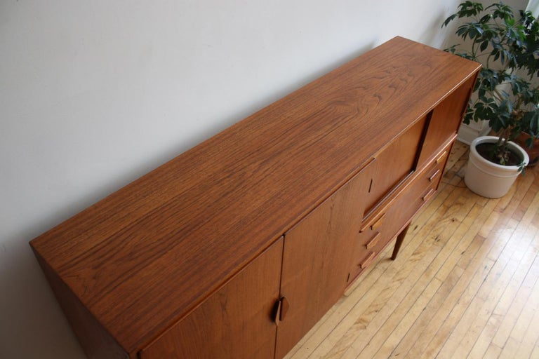 Midcentury Danish Modern High Sideboard with Dry Bar For Sale 14