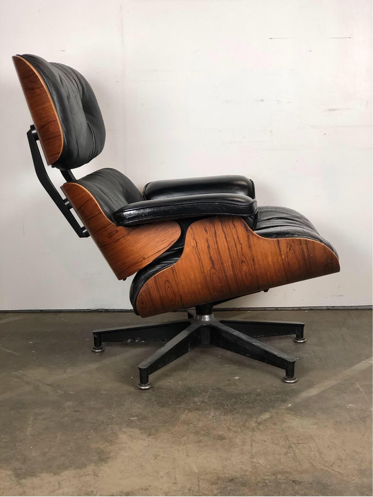 American Amazing Herman Miller Eames Lounge Chair and Ottoman For Sale
