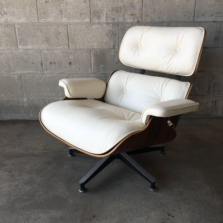 20th Century Herman Miller Eames Lounge Chair with New Ivory Leather For Sale