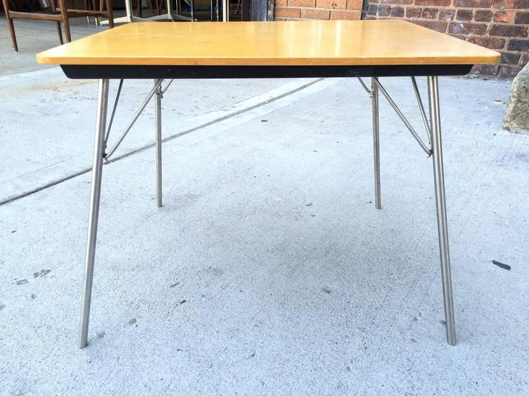 Rare Herman Miller Eames IT-1 Incidental folding table. Birch top. Very good condition from early 1950s with original label. Normal wear commensurate with age and use.