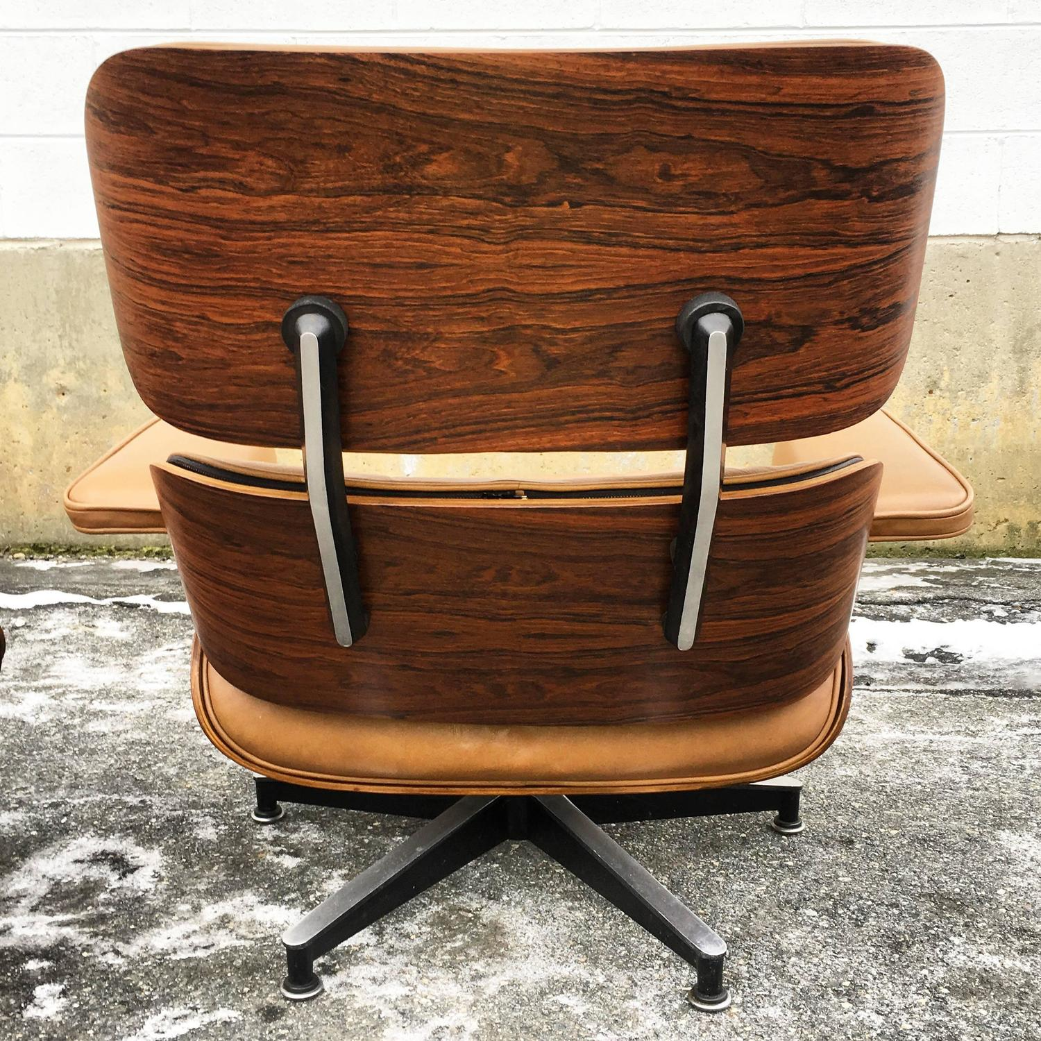 Tan Rosewood Herman Miller Eames Lounge Chair and Ottoman For Sale at 1stdibs
