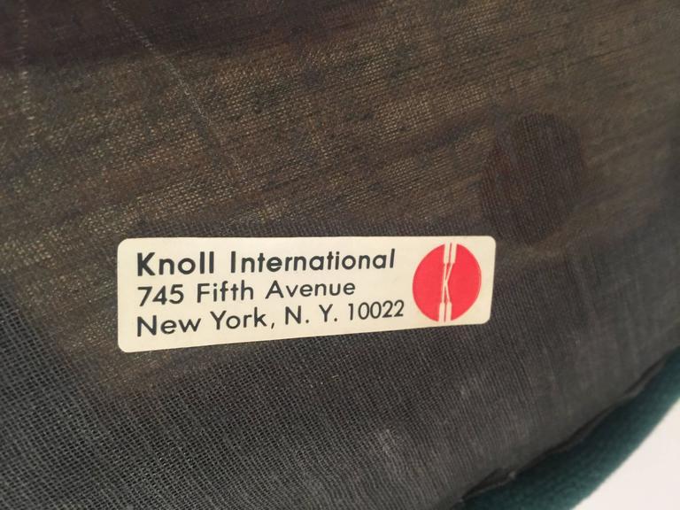 Eero Saarinen Tulip Stools for Knoll in Fabric For Sale 2