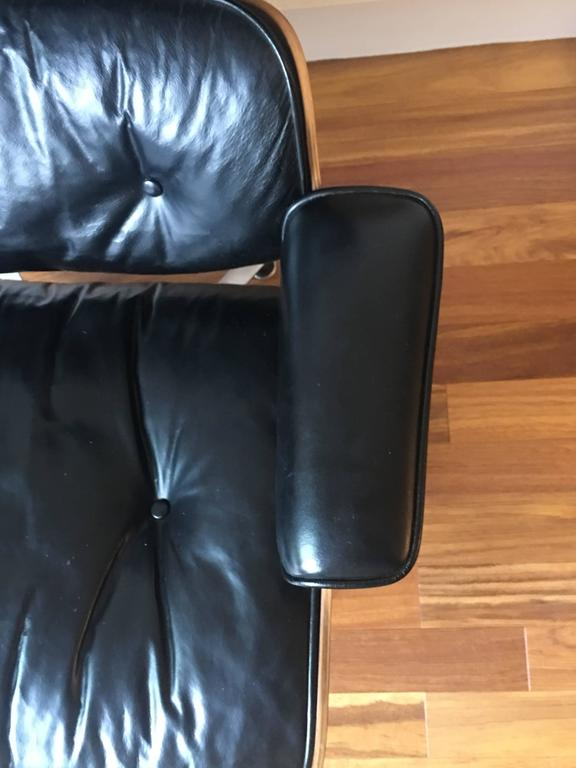 Near Mint Condition 1960s Herman Miller Eames Lounge Chair
