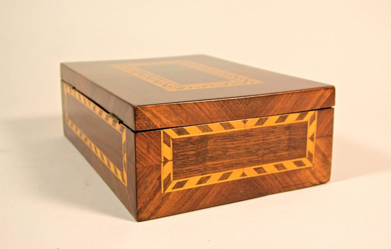 20th Century Art Nouveau Nutwood Marquetry Box, Austria circa 1910 For Sale