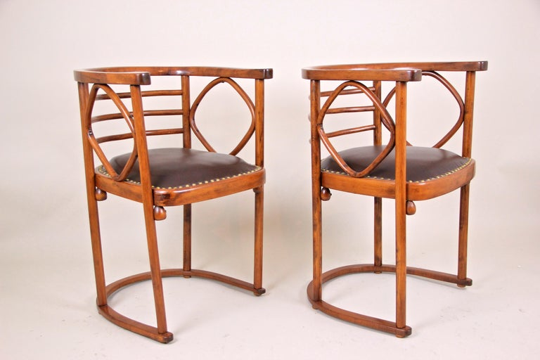 Bentwood Seating Set Attributed to Thonet/ Josef Hoffmann, Austria, circa 1910 For Sale 3