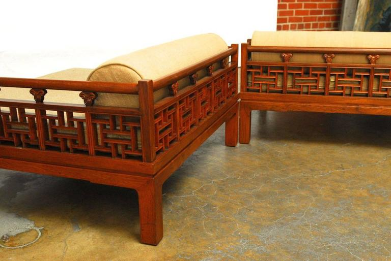 Antique Bed: Chinese Carved Luohan Daybed At 1stdibs