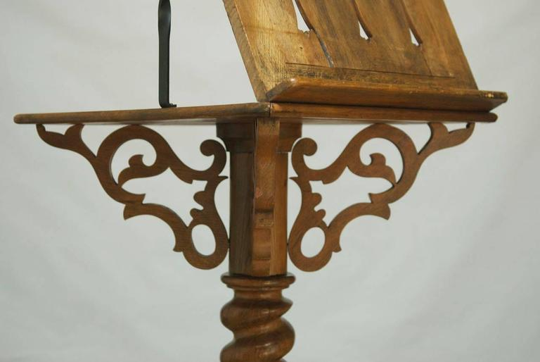 20th Century Monumental Italian Carved Oak Lectern Book Stand For Sale