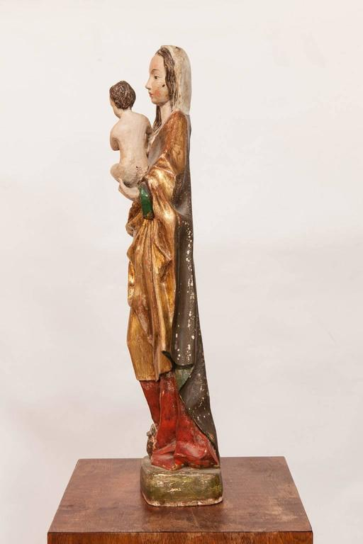 16th Century French Polychrome Madonna and Child  For Sale 4