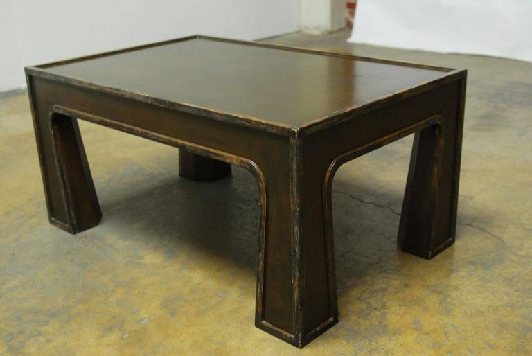 Hand-Crafted Chinese Modern Lacquered Coffee Table For Sale