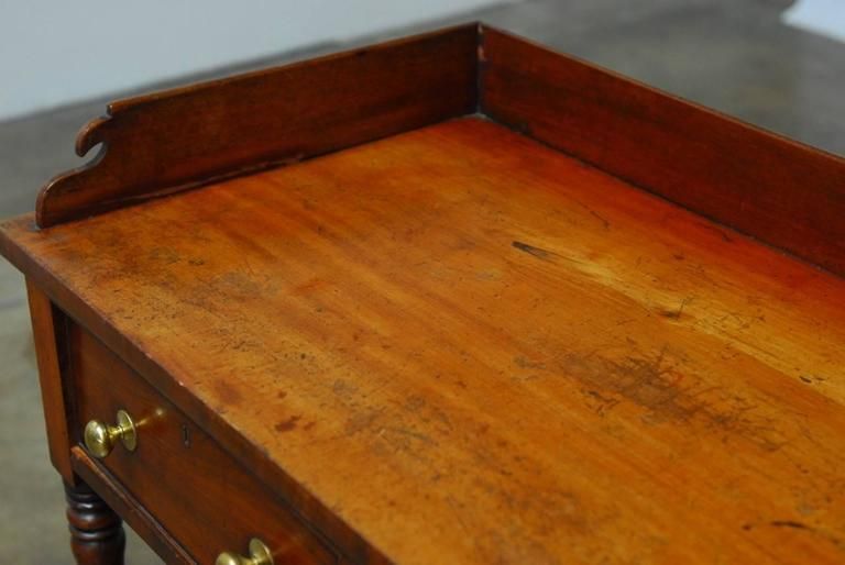 19th Century English Mahogany Writing Table For Sale 2