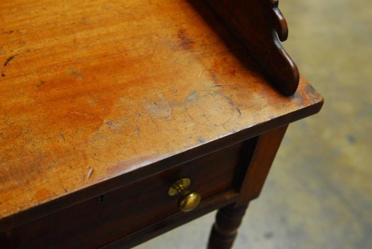 19th Century English Mahogany Writing Table For Sale 3