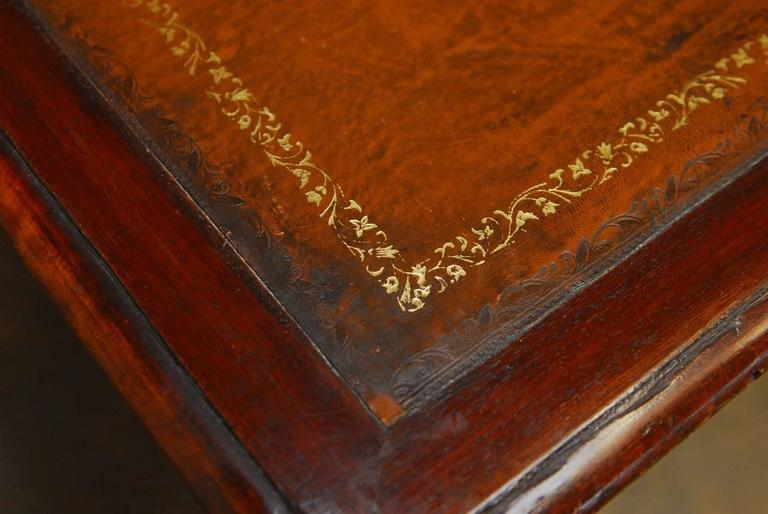 19th Century, English Regency Walnut Writing Table For Sale 1