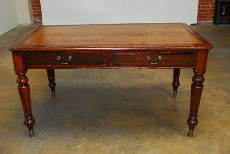 19th Century, English Regency Walnut Writing Table For Sale 2