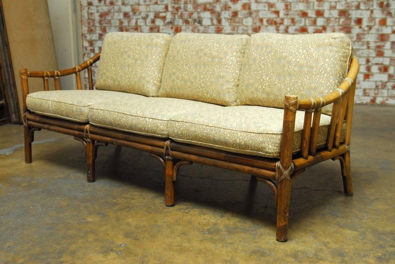 Incroyable American Organic Modern Bamboo Rattan Sofa By McGuire For Sale