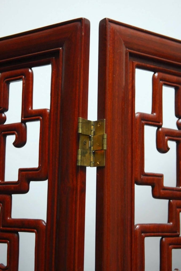 Chinese Six-Panel Rosewood Carved Lattice Screen For Sale 4