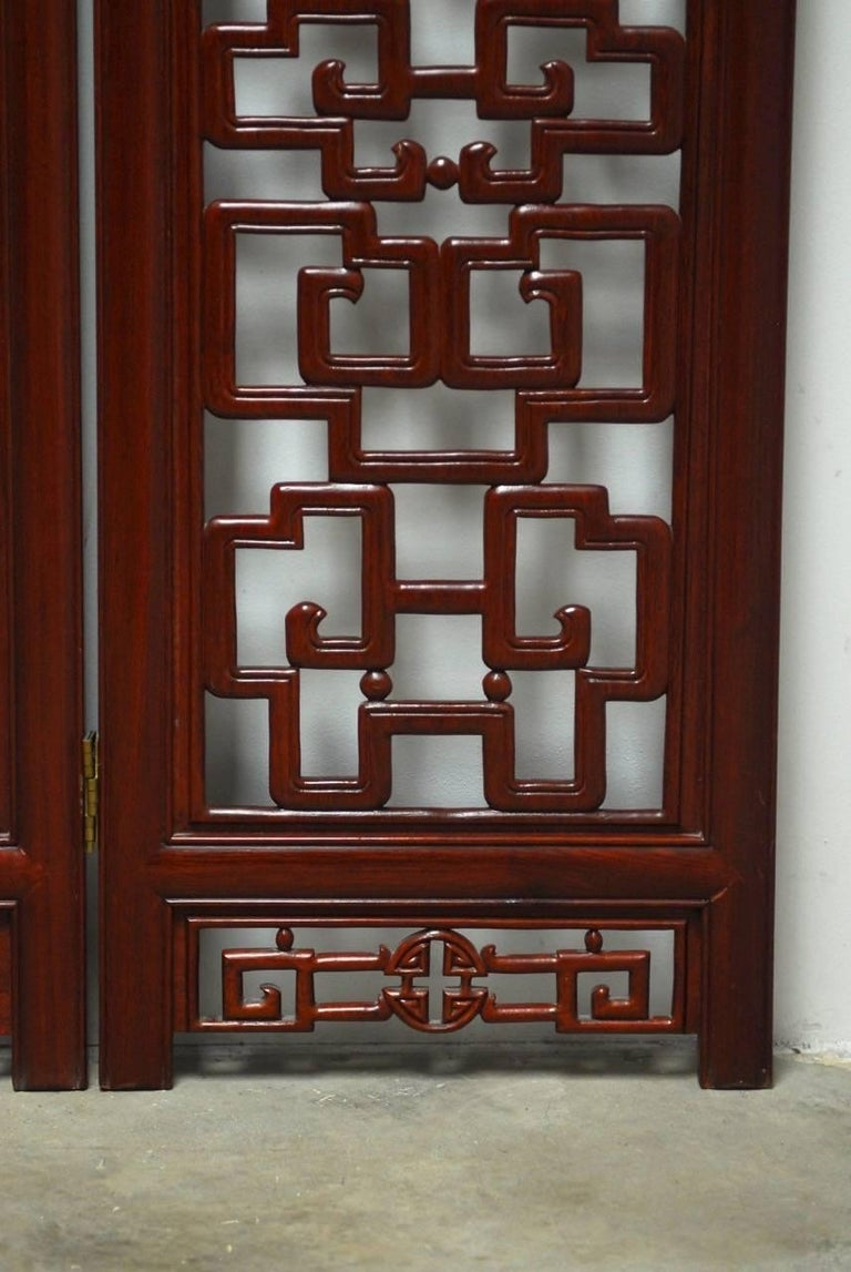 Chinese Six-Panel Rosewood Carved Lattice Screen In Good Condition For Sale In Oakland, CA