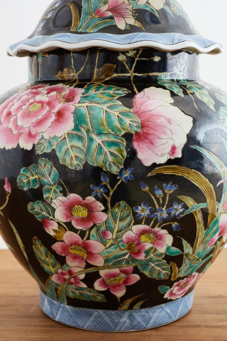 Chinese Export Famille Noir Porcelain Ginger Jar For Sale 1