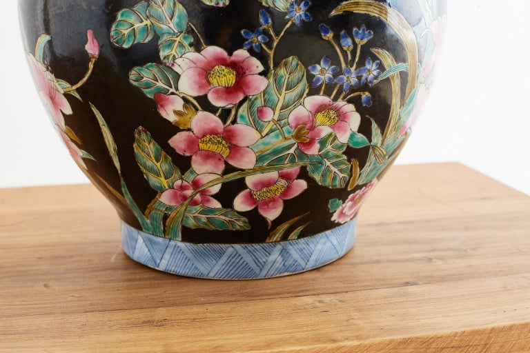 Chinese Export Famille Noir Porcelain Ginger Jar For Sale 3