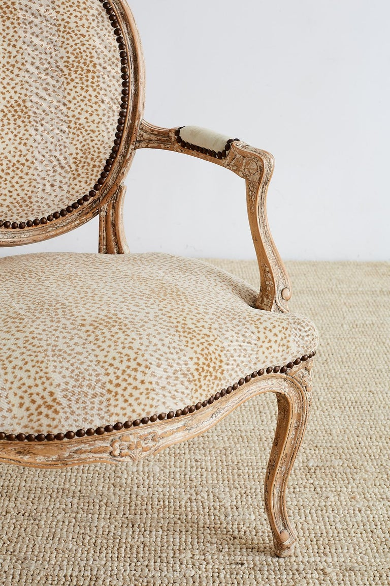 Pair of French Louis XV Style Upholstered Fauteuils For Sale 1