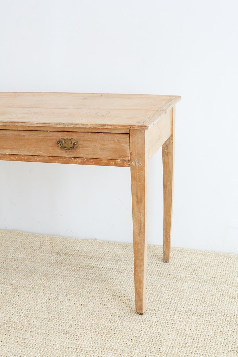 Hand-Crafted 19th Century American Pine Writing Table Desk For Sale