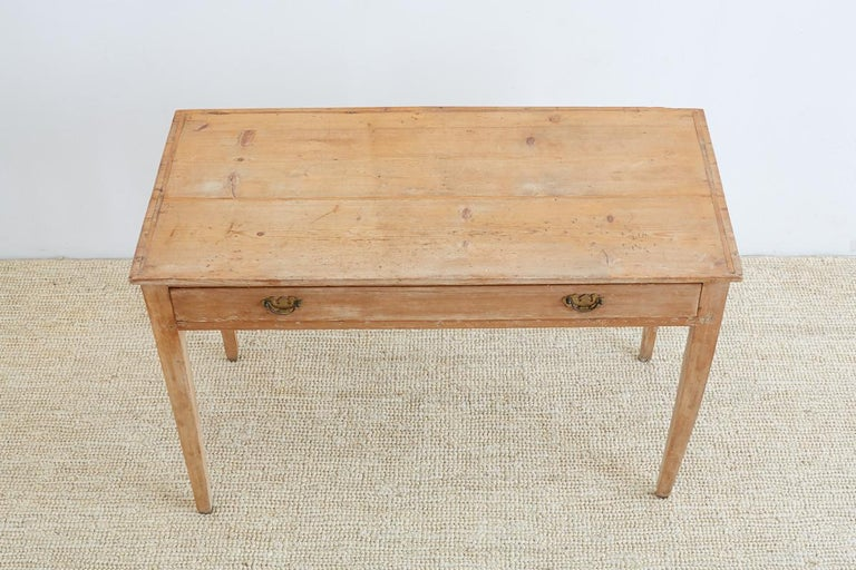 Rustic 19th Century American Pine Writing Table Desk For Sale