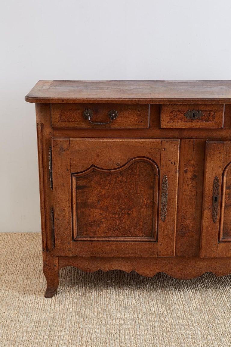 18th Century Louis XV Walnut Vaisselier Buffet Sideboard For Sale 1