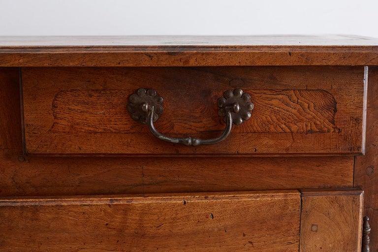 18th Century Louis XV Walnut Vaisselier Buffet Sideboard For Sale 3