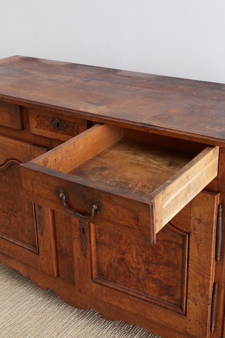 18th Century Louis XV Walnut Vaisselier Buffet Sideboard For Sale 12