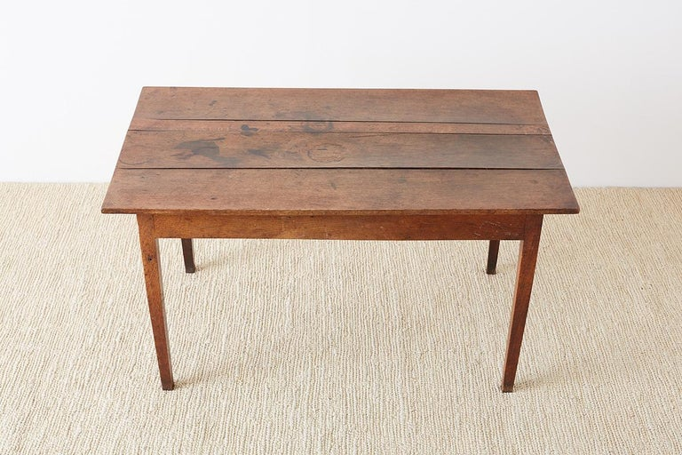 19th Century Rustic English Oak Farmhouse Table In Distressed Condition For Sale In Oakland, CA