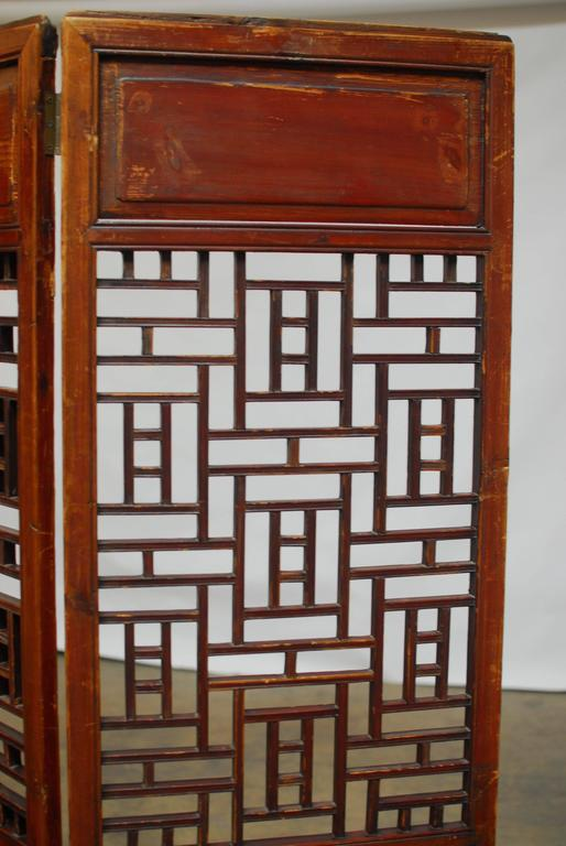 Qing 19th Century Chinese Lattice Panel Screen For Sale